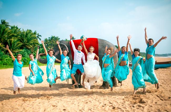 подружки невесты в сари